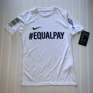 Nike #equalpay running youth shirt dri-fit xs
